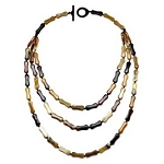 Q112612 WATER BUFFALO HORN TRIPLE STRAN NECKLACE