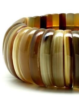 Q9977FLEXIBLE  LAYERED NATURAL  BRACELET