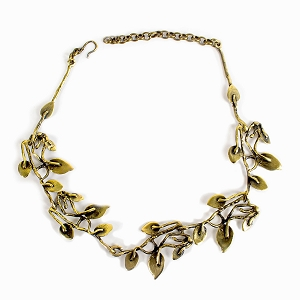 BNZ1063 BRONZE FLORAL WREATH NECKLACE