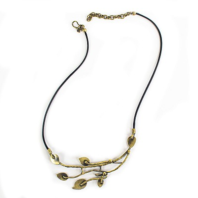 BNZ1062 WANDERING LEAVES NECKLACE