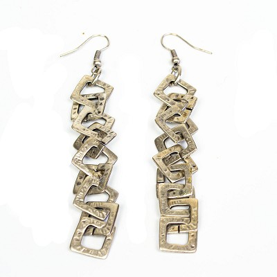 TE4600 SQUARE CHAIN EARRINGS
